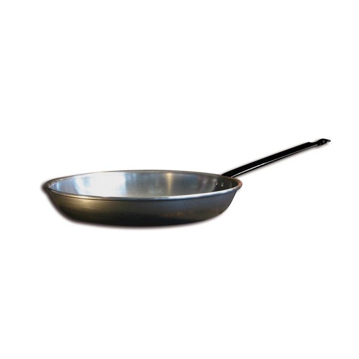 poêle-en-fer-minéral-naturel