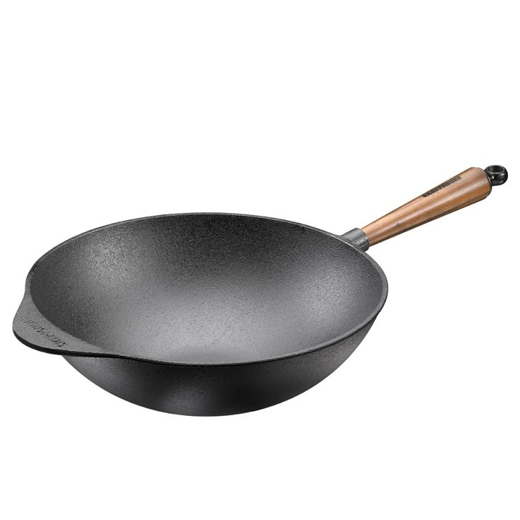 wok en fonte naturelle